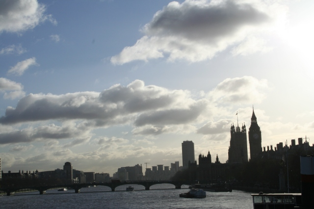 Gorgeous Lodon skyline above the Thames.