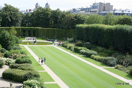 The gardens - gorgeous and scattered throughout with beautiful Rodin sculptures.