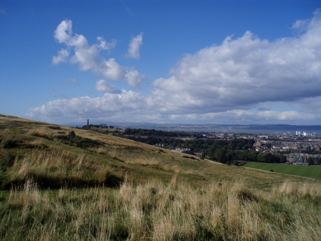September 2007 - our first hike up Arthur's Seat